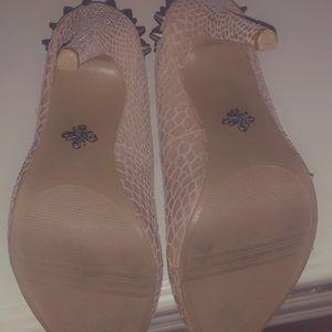 Vera Wang snake skin4 inch heels
